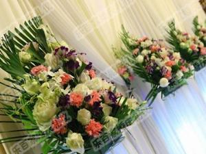 鄭州市樂百家婚慶禮儀公司