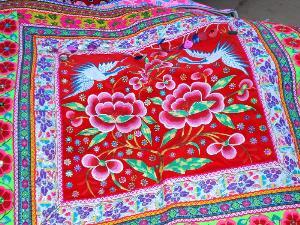 石林民族民间刺绣品